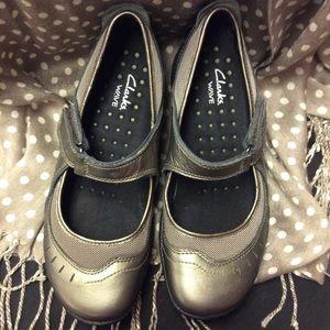 Clark's Shoe size 5